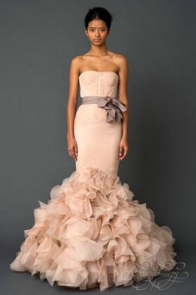 Свадебный.ру. Цветные свадебные платья этого сезона