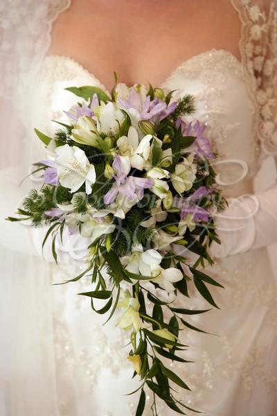 Букет каскадный свадебный