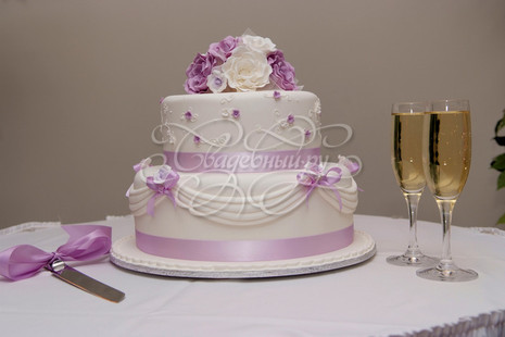 Свадебный торт 2 яруса фото